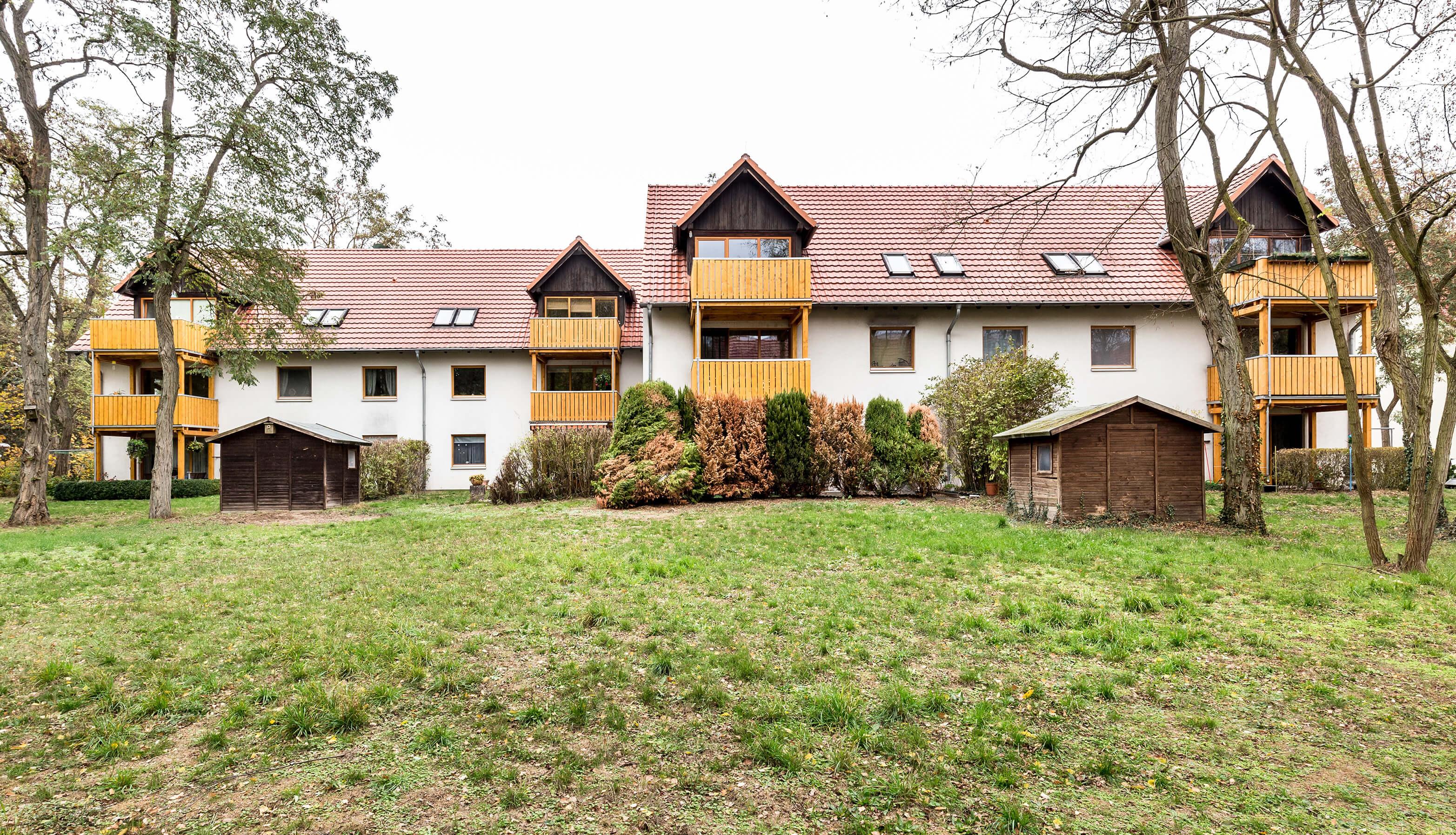 Globalverkauf zum 21,6-fachen: Zwei Mehrfamilienhäuser in Potsdam ...